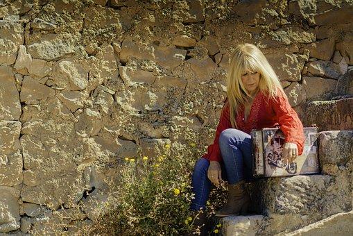 Suitcase, Person, Calm, Young, Soledad, Landscape, Solo