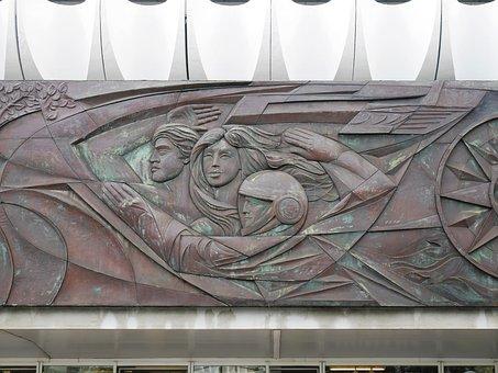 Berlin, Walter Womacka, Art Most Construction
