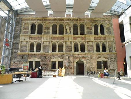 Castle, Schlosshof, Castle Courtyard, Building