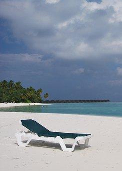White, Sandy, Beaches, Blue, Sky, Palms, Sun, Loungers