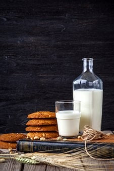 Milk, Cookies, Oatmeal, Confectionery, Nutrition, Dish