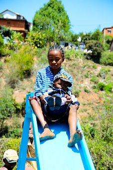 Child, Madagascar, Baby, Africa, Drag, Playground