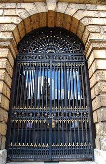Oxford, University, England, Gate, Window, Door, Closed
