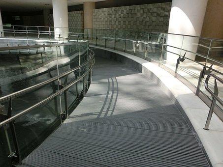 Station, Kanazawa, Motenashi
