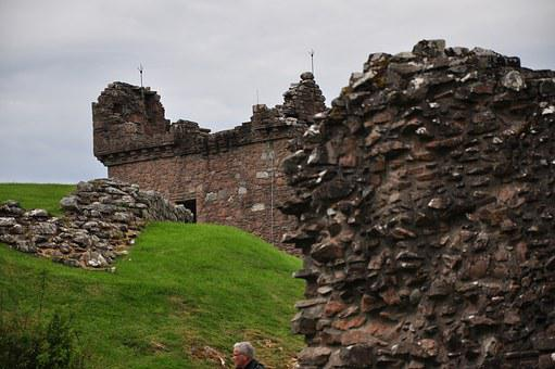 Urquhart, Castle, The Ruins Of The, Scotland