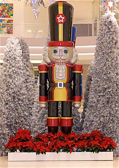 Large, Toy, Soldier, Christmas, Yellow, Red, Black
