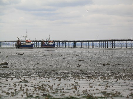 Beach, Boat, Clouds, Southend