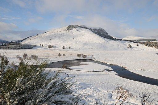 River Dee, Braemar, Deeside, Scotland, Snow, Mountains