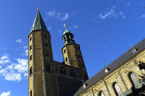 Gosslar, Church, Sky
