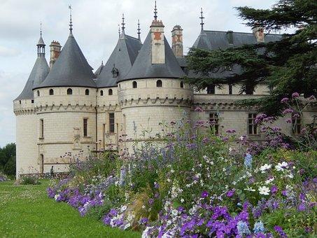 Château De Sully-sur-loire, Royal Castle, France