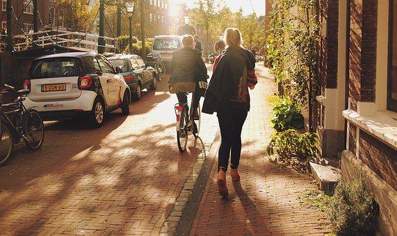 Leiden, Girl, Walk, Walking, Street, Sunny, Urban, City