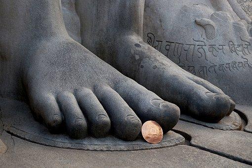 Bahubali, Feet, Shravanabelagola