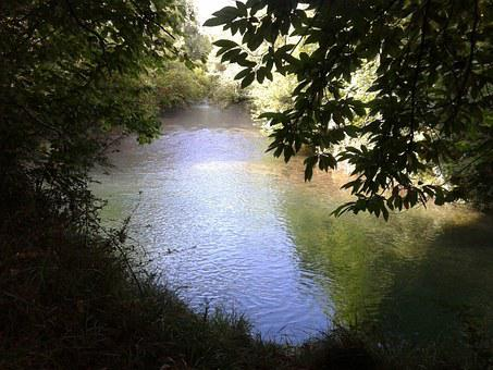 River, Puron, Nature