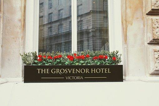 Hotel, Grosvenor Hotel, Victoria, London, Mirroring