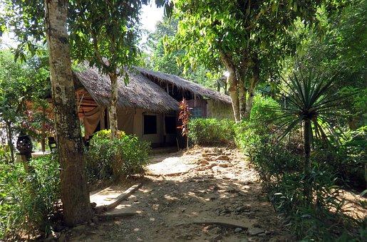 Laos, Highlands, Kamu Lodge, Paillotte Home