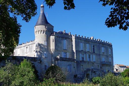 Castle, Jonzac, Landscape