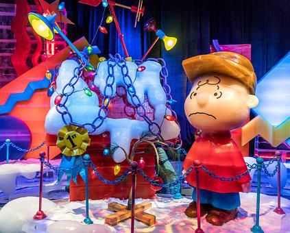 Ice Sculpture, Charlie Brown Christmas, Cute