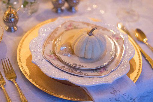 Holiday Table, Table Setting, Thanksgiving Table