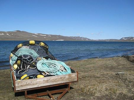 Iceland, Lake Prihynings, Track, Fishing