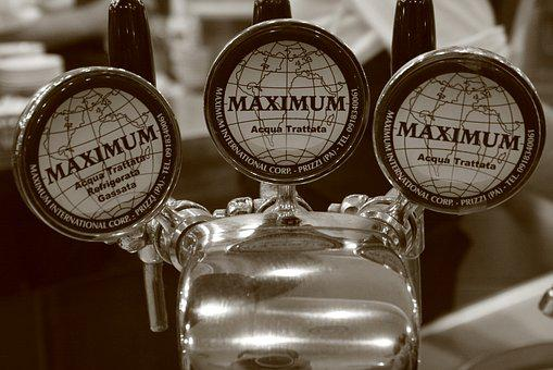 Beer, Dispensing Line, Italy, Sicily, Catania