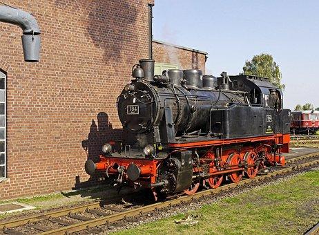 Steam Locomotive, Museum, Locomotive Shed, Oldtimer