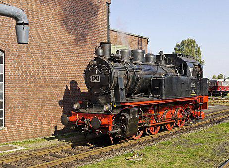 Steam Locomotive, Museum, Locomotive Shed, Oldtimer