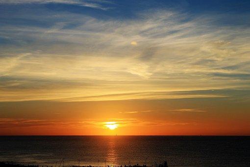 Sunrise, Bexhill-on Sea, Sand, Beach, Clouds, Coast