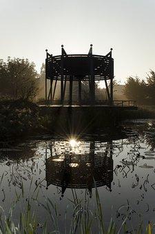Wilhelminapark, Horn, Mirror