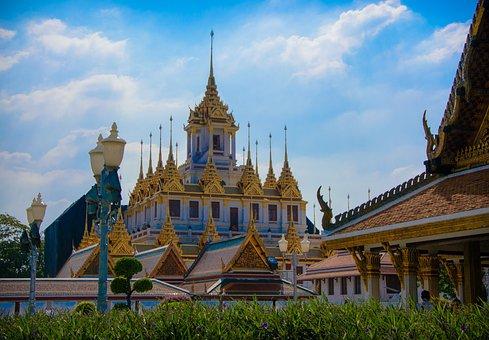 Tailind, Bangkok, Buddhist Temple