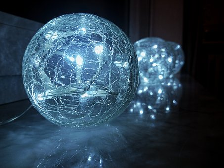 Ball, Lichterkette, Christmas, Glass Ball, Window Sill
