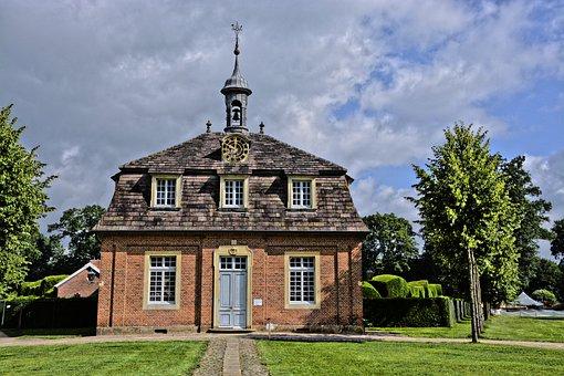 Castle, Clemenswerth, Castle Clemenswerth
