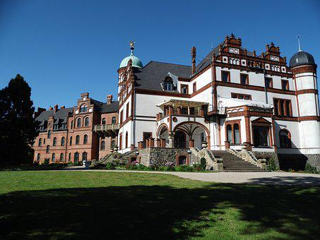 Willi Degree, Places Of Interest, Schwerin