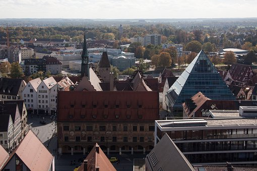 Bird's Eye View, Town Hall, Metzgerturm, Library