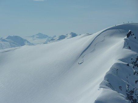 Heliskiing Canada, Deep Snow Driving, Yukon Territory