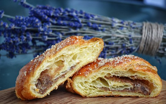 Croissant, Lavender, Food, Table, Snack, Bakery