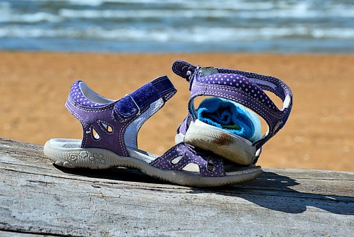 Vacations, Shoes, Children's Shoes, Beach, Sea