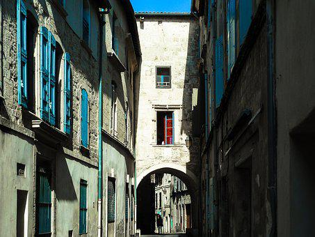 Street, Beaucaire, Passage, Pierre, Former