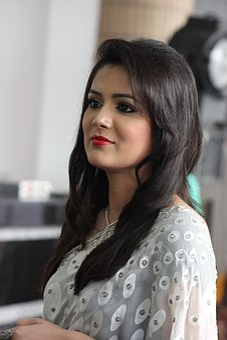 Bangladesh, Presenter, Celebrity, Gray Presentation