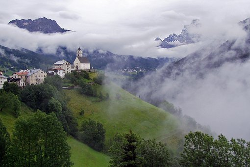 Colle Saint Lucia, Ladinia, Dolomites, Italy, Veneto
