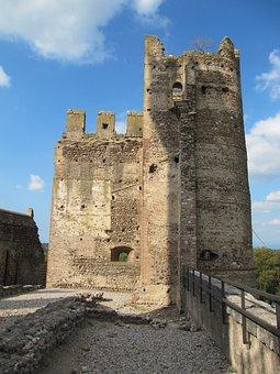 Castle, Valeggio, Mincio