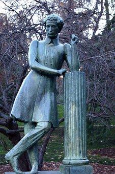 Madrid, Watercress Park Fountain, Statue, Pushkin