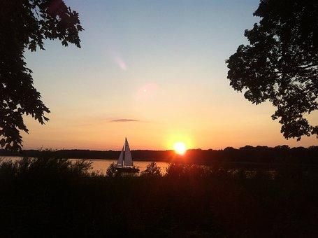 Evening Sky, Sunset, Sailing Boat, Lake, River, Havel