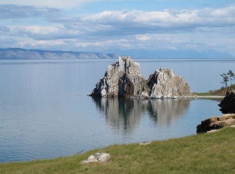 Siberia, Baikalsee, Shaman Rock, Baikal Mountains