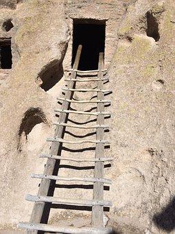 Bandelier National Monument, Ladder, Cliff Dwelling