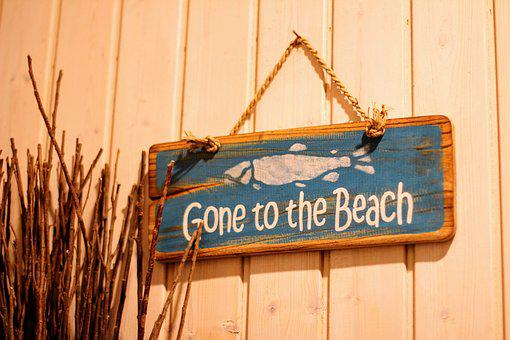 Shield, Wooden Sign, Gone To The Beach, Wood, Motto