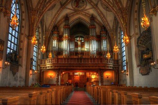St Clara Church, Church, Architecture