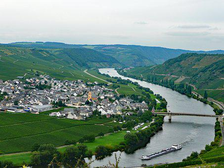 Trittenheim, Mosel, Sachsen, Germany, Wine, Vineyards