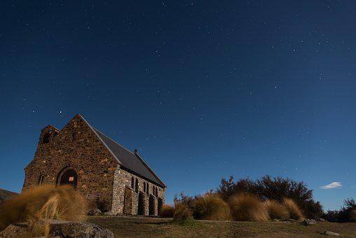 Church, New Zealand, Architecture