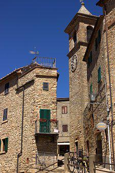 Tuscany, Casale Marittima, Historically, Village Centre