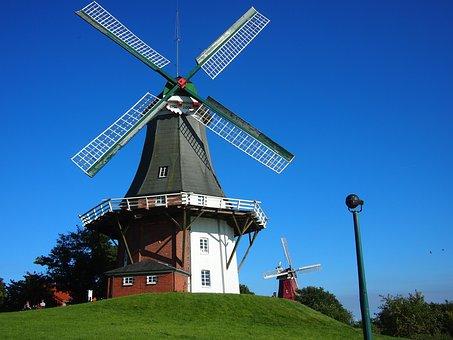 Windmill, Greetsiel, Greetsieler Twin Mills, North Sea